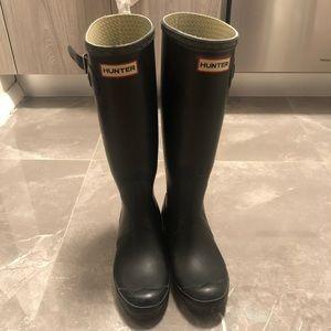 Hunter original tall rain boots with socks